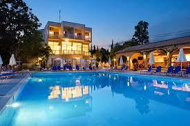 Αναστολή λειτουργίας των ξενοδοχείων 12μηνης λειτουργίας έως τέλος Απριλίου