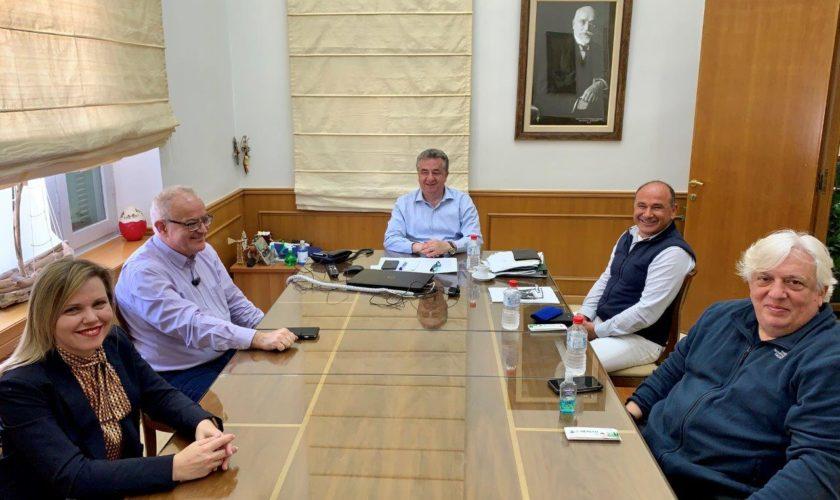 Σύσκεψη στην Περιφέρεια για την επόμενη ημέρα στον τουρισμό της Κρήτης