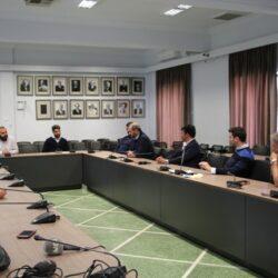 Συνάντηση του Δημάρχου Χανίων με εκπροσώπους των ξενοδόχων, των εμπόρων και του ΕΒΕΧ