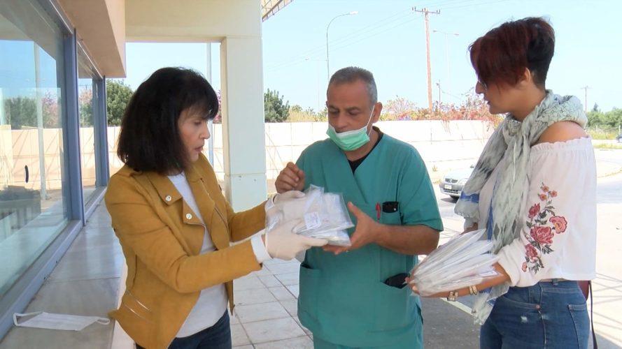 Δωρεά χειροποίητων υφασμάτινων μασκών με πρωτοβουλία της περιφερειακής συμβούλου Σοφίας Μαλανδράκη