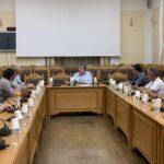 Στο πλευρό των οδηγών τουριστικών λεωφορείων ο Περιφερειάρχης Κρήτης