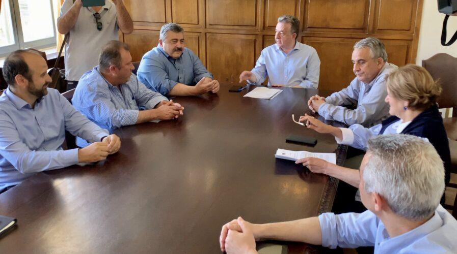Υπογράφηκε από τον Περιφερειάρχη Κρήτης το οδικό έργο Πλάτανος - Σφηνάρι Χανίων προϋπολογισμού 20 εκ. ευρώ