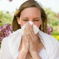 Συμπτώματα της αλλεργικής ρινίτιδας, που συγχέονται με τον κορωνοϊό
