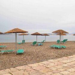 Οργανωμένες παραλίες: Στην ξαπλώστρα με αποστάσεις. Τι απαγορεύεται