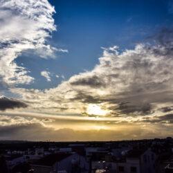 Απότομη μεταβολή του καιρού: Ισχυρές καταιγίδες και σημαντική πτώση της θερμοκρασίας
