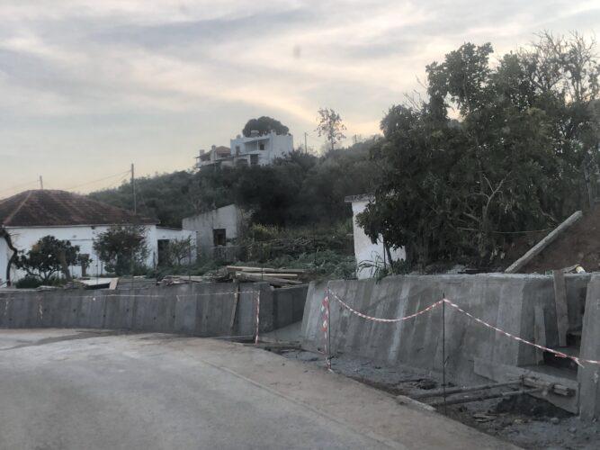 Συνεχίζονται τα έργα οδοποιίας στην Δ.Ε. Κολυμβαρίου, από τον δήμο Πλατανιά