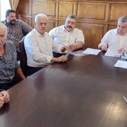 Υπογραφή συμβάσεων 2εκ. ευρώ από τον Περιφερειάρχη στα Χανιά