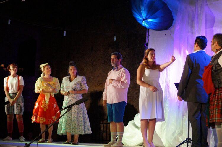 «Οι Ηλίθιοι» του Νηλ Σάιμον, από τα μέλη του Συλλόγου Φίλων Θεάτρου Χανίων
