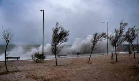 """Θυελλώδεις άνεμοι """"σάρωσαν"""" την Πέμπτη την Κρήτη"""