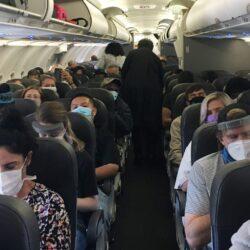 Τεστ ταχείας ανίχνευσης Covid-19 για όλους τους επιβάτες ζητούν οι αεροπορικές