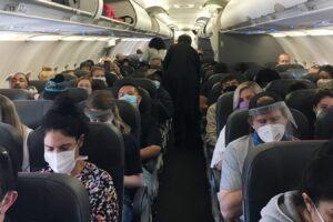 Χάρης Θεοχάρης: «Ο εμβολιασμός δεν θα αποτελέσει προϋπόθεση για να ταξιδέψει κάποιος»