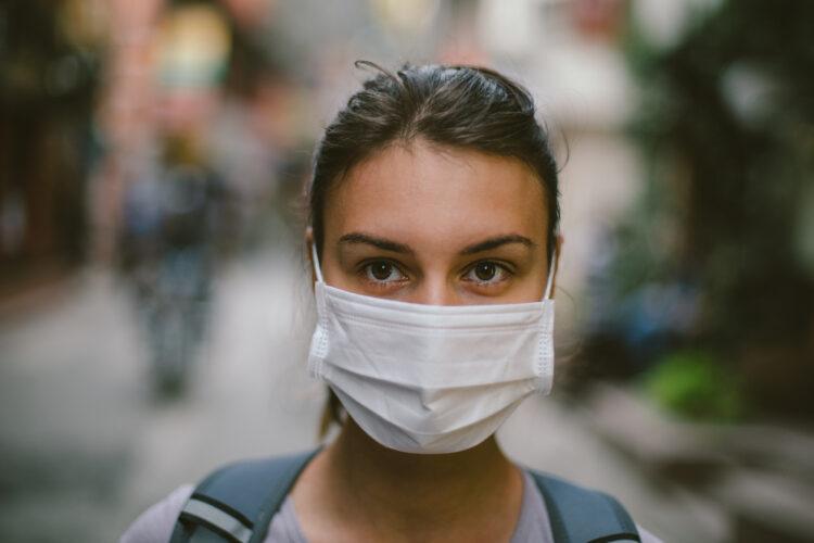 Υπουργείο Υγείας: Επικαιροποιημένες συστάσεις για τη χρήση της μάσκας