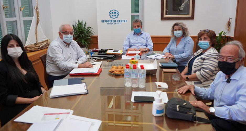 Αγαστή η συνεργασία Περιφέρειας - 7ης ΥΠΕ Κρήτης, για τις υποδομές υγείας του νησιού