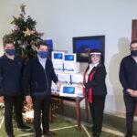 Και η ΑΝΕΚ παρέδωσε tablets στον δήμο Χανίων