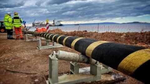 Ηλεκτρική διασύνδεση Χανίων-Πελοποννήσου: Ολοκληρώθηκε το έργο των ρεκόρ