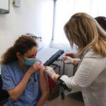Όλα έτοιμα για την έναρξη των εμβολιασμών στην Κρήτη, την Δευτέρα