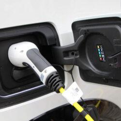 Πόσο ρεύμα καταναλώνουν το χρόνο τα ηλεκτρικά αυτοκίνητα;