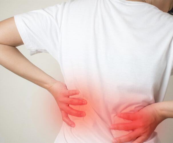 Πόνος στη μέση: Πότε πρέπει να απευθυνθούμε σε γιατρό;