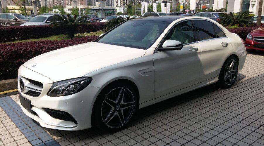 Η Mercedes ανακαλεί 284.697 C-Class, GLC και GLB