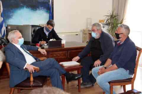 Συνάντηση Δημάρχου Χανίων με εκπροσώπους των Λαϊκών Αγορών