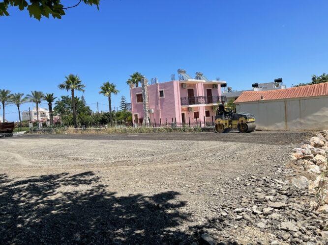 Δημιουργία νέου χώρου στάθμευσης στο δημαρχείο Πλατανιά