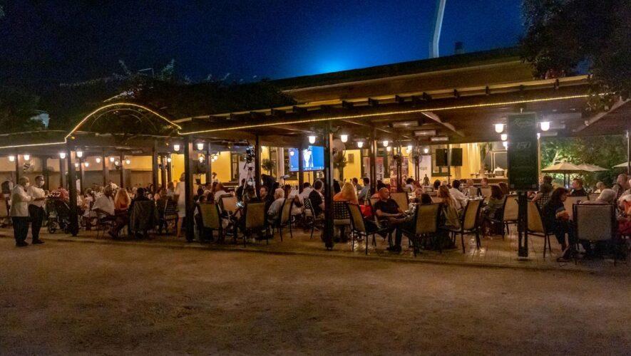 """Επιτυχημένη η εκδήλωση για την """"κουλτούρα του κρασιού μέσα από τα Ιστορικά Καφέ"""""""