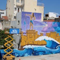 Το «Σφράγισμα του Ηγεμόνα» από την αρχαία Κυδωνία, κοσμεί τον τοίχο του δημοτικού πάρκινγκ της Περίδου
