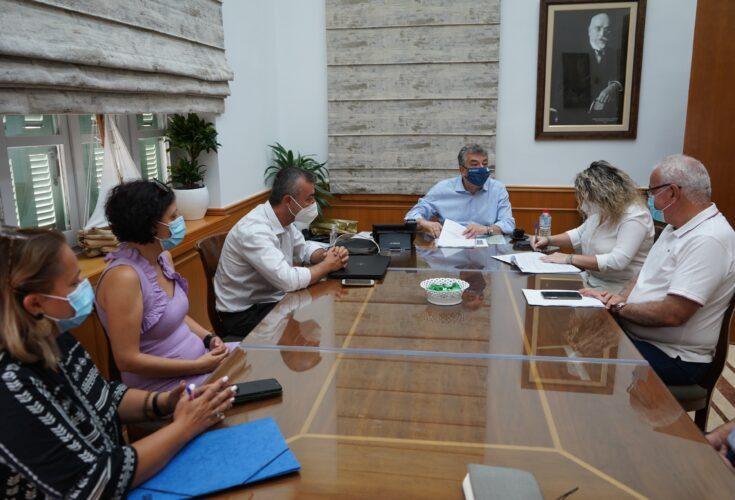 Προγραμματική σύμβαση για την ενεργειακή αναβάθμιση νοσοκομείων και Κέντρων Υγείας της Κρήτης