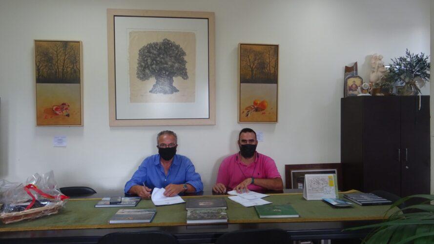 Υπογραφή σύμβασης αναπλάσεων σε οικισμούς του Δήμου Πλατανιά