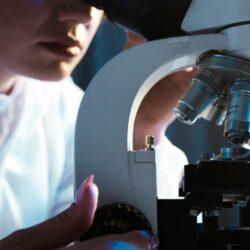 Κορωνοϊός: Νέο τεστ αίματος αυτό-αντισωμάτων προβλέπει την πιθανότητα σοβαρής νόσησης
